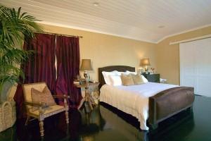 cliffside-malibu-reviews-ratings-bedroom
