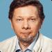 Eckhart-Tolle-spiritual-wellness-blogger